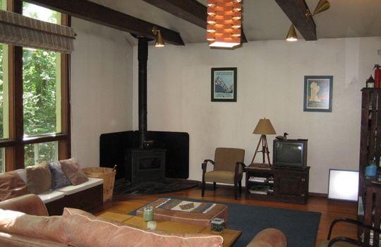 01bsugarloaf-livingroom