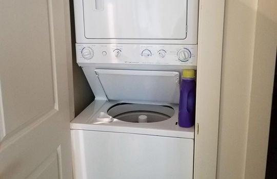 FLL 5043 Laundry room