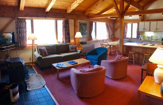 BWD 705 living room 3