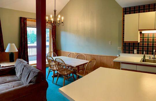 TBW 454 dining area