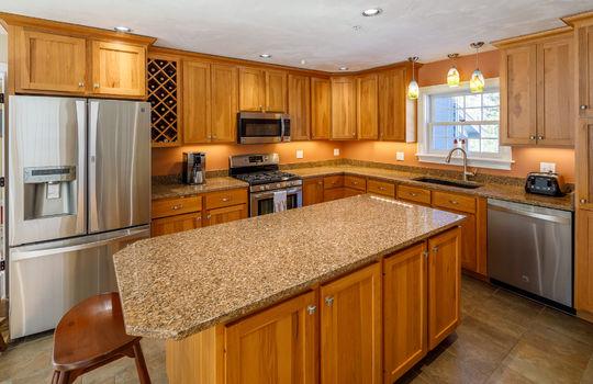 Elderberry kitchen 3