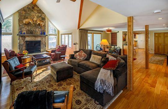 Fox Fire living room