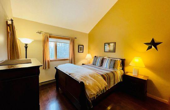 Snowbrook 2619 AB bedroom