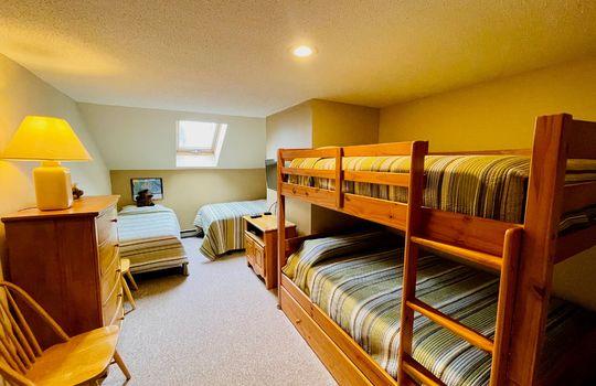 Snowbrook 2619 AB bunk 2