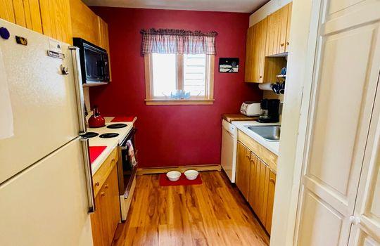 Snowflower 403 kitchen