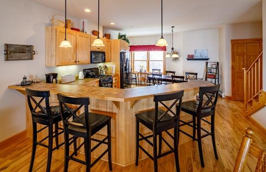 Timbers 7024 FTL kitchen