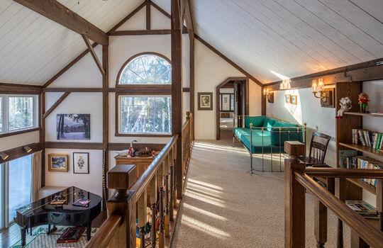 Woody Creek 5003 upstairs