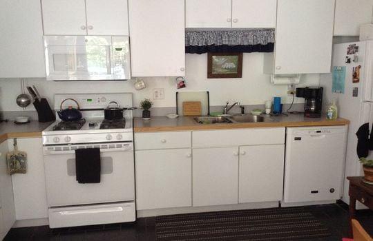 Glade 2046 kitchen