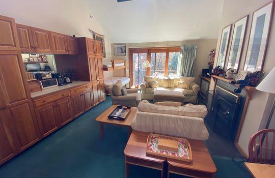 SGTI 370 Living room