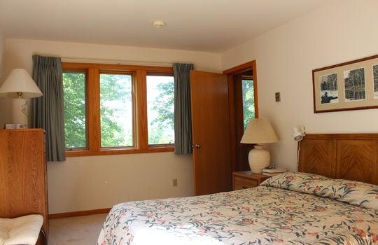 BIG 2151 BM bedroom trees
