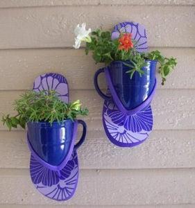 the-garden-cook-flip-flop-planters