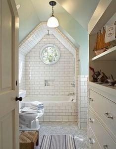 tim-barber-attic-bathroom