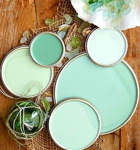 seaglass-green-completely-coastal