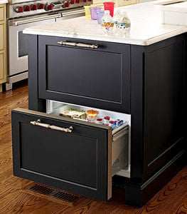 traditional-home-refrigerator-island-drawer