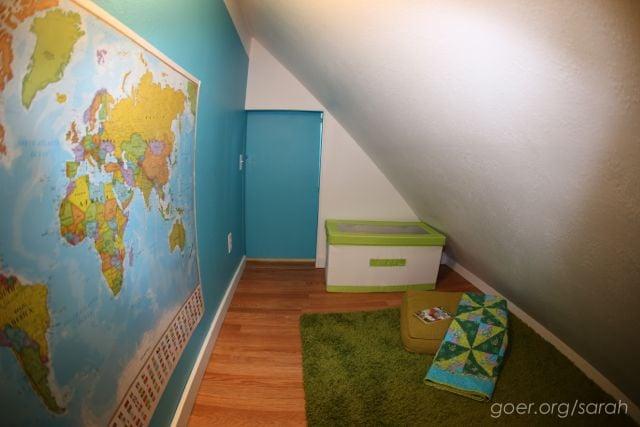 attic-space-to-hidden-playroom-i09