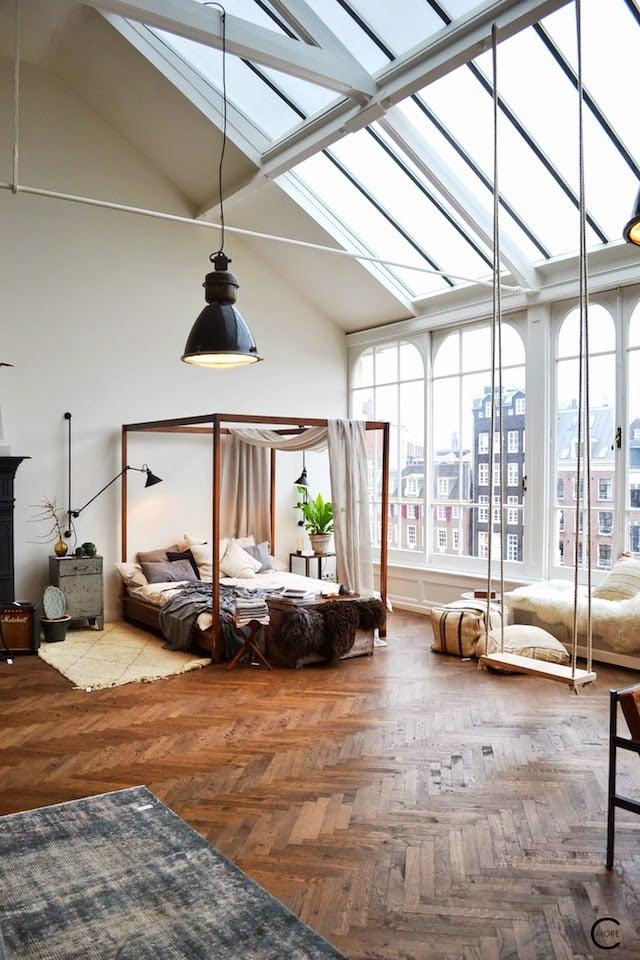 c-more-slanted-window