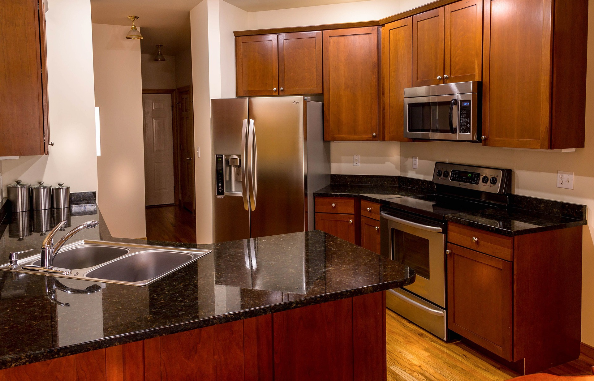 granite-and-stainless-steel-kitchen