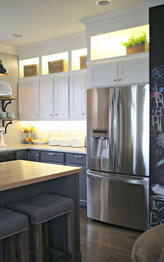under-cabinet-lighting-thrifty-decor-chick