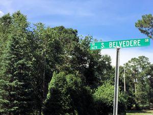 Belvedere Plantation - Street Sign