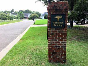 Plantation Landing - Entrance Sign