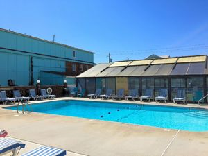 Atlantic Towers - Swimming Pool