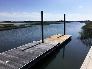 Bent Tree - Dock