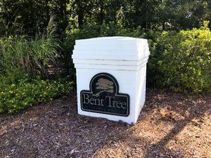 Bent Tree - Entrance Sign