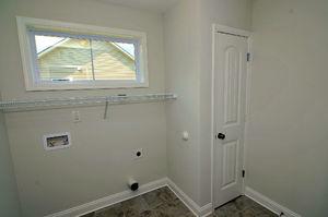 Roundtree Ridge - Laundry Room