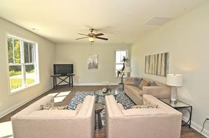Roundtree Ridge - Living Room