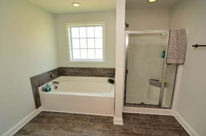 Roundtree Ridge - Master Bath