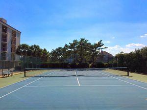 Duneridge Resort Tennis Courts 2