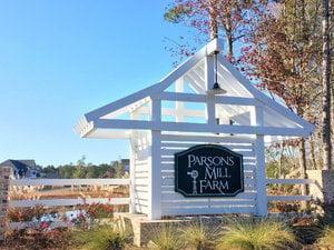 Parsons Mill Farm - Entrance Sign