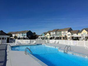 Bayshore Marina - Pool
