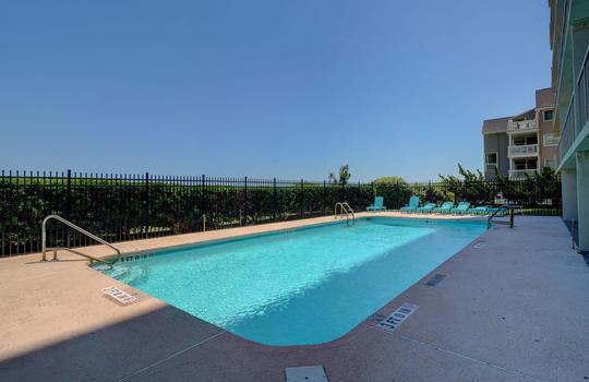 Pelican Watch - Outdoor Pool