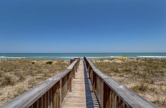 Pelican Watch - Beach Access