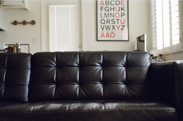 Leather couch by  Jaymantri  from Pexels