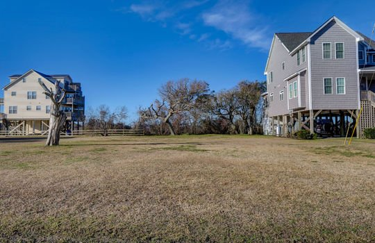 5717 18th Ave North Topsail Beach 28460 – Front 3