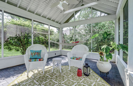 Detached Screened Porch