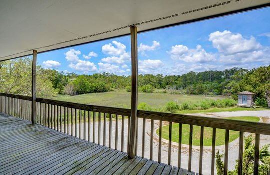5550 Peden Point Rd Wilmington-large-004-007-Covered Porch-1498×1000-72dpi