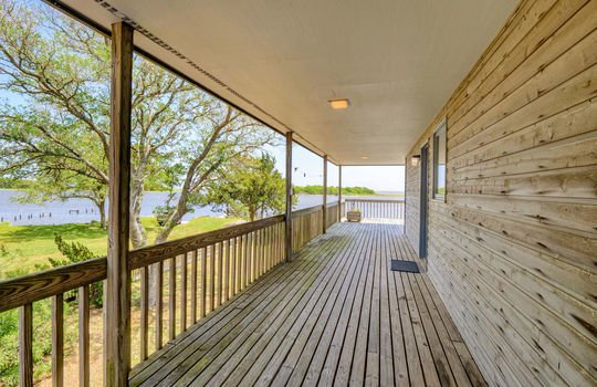5550 Peden Point Rd Wilmington-large-005-020-Rear Covered Porch-1498×1000-72dpi
