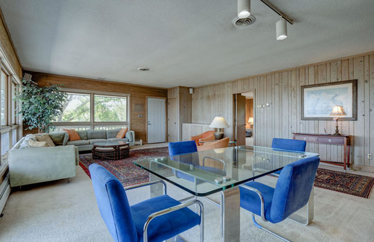 5550 Peden Point Rd Wilmington-large-011-015-Great Room-1497×1000-72dpi