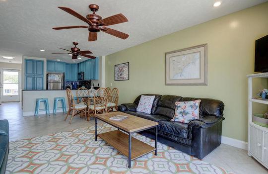 1100 Fort Fisher Blvd N 1403-large-012-005-Living Room-1496×1000-72dpi