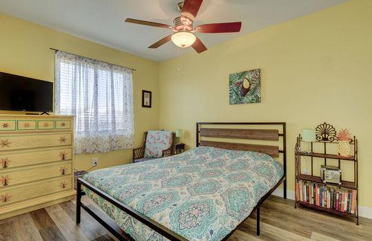 1100 Fort Fisher Blvd N 1403-large-022-022-Bedroom 3-1498×1000-72dpi