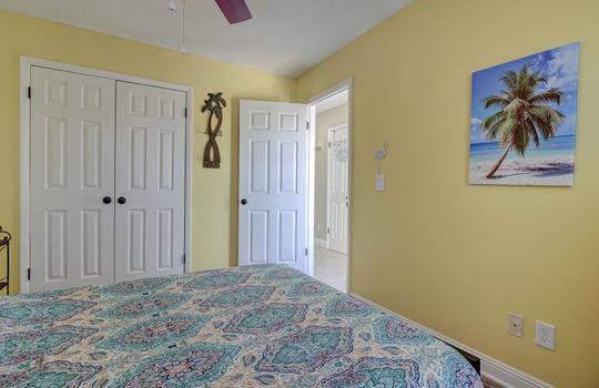 1100 Fort Fisher Blvd N 1403-large-023-029-Bedroom 3-1497×1000-72dpi