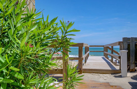 1100 Fort Fisher Blvd N 1403-large-034-031-Beach Access-1497×1000-72dpi