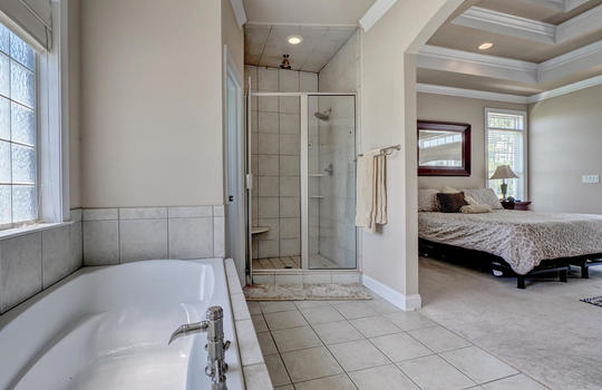 104-Pelican-Cove-Sneads-Ferry-large-034-055-Master-Bathroom-1498×1000-72dpi