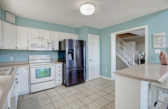 1209-N-Topsail-Dr-Surf-City-NC-large-010-003-Kitchen-1497×1000-72dpi