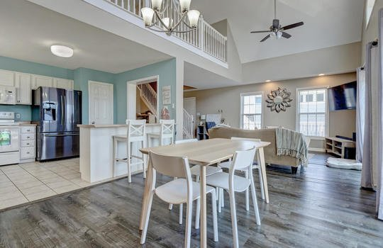 1209-N-Topsail-Dr-Surf-City-NC-large-014-011-Dining-Room-1498×1000-72dpi
