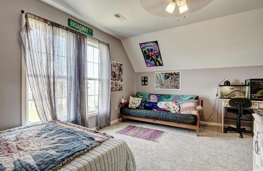 1209-N-Topsail-Dr-Surf-City-NC-large-028-032-Bedroom-2-1497×1000-72dpi