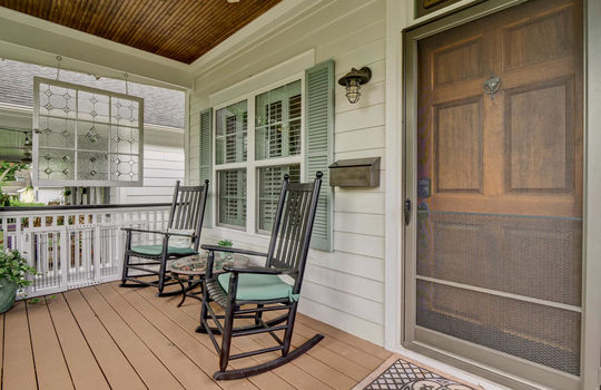 2022-Metts-Ave-Wilmington-NC-large-003-010-Front-Porch-1497×1000-72dpi
